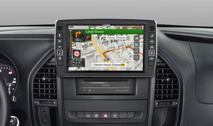 Mercedes Vito - Extra large 23cm (9-inch) touch screen - X902D-V447